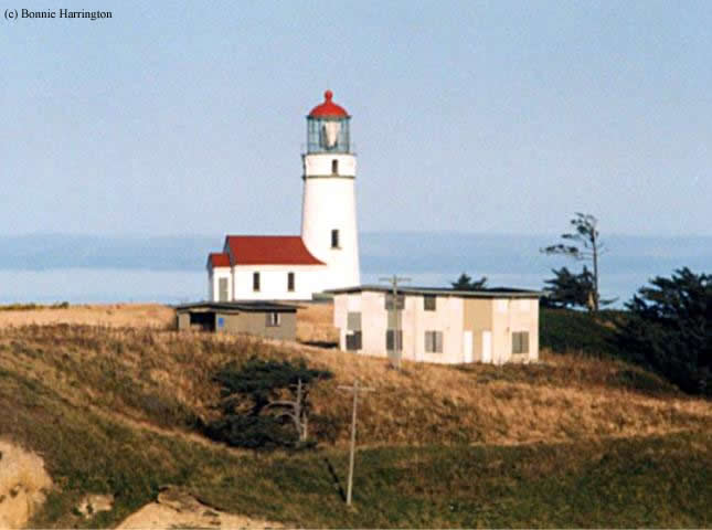 Photo of the Cape Blanco Lighthouse.