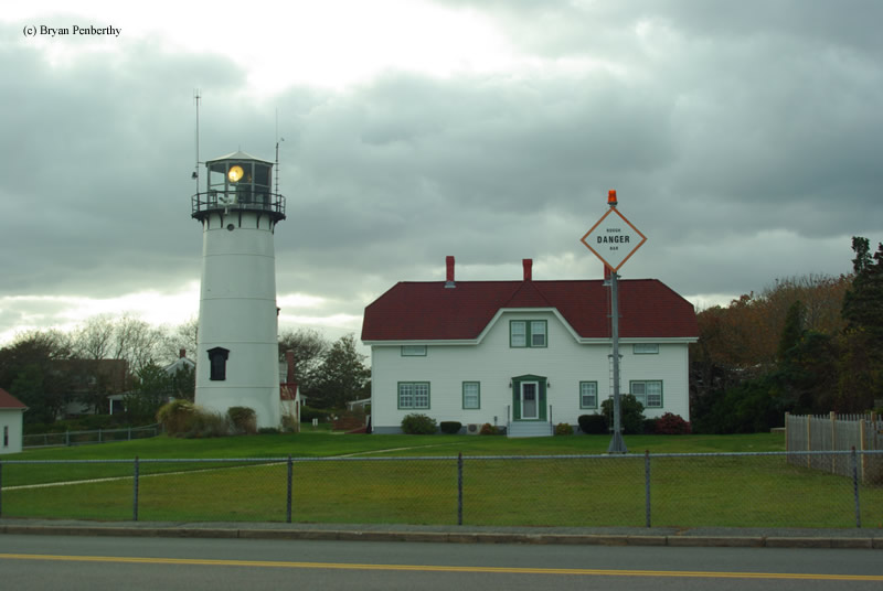 Photo of the Chatham Lighthouse.