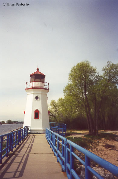Photo of the Cheboygan Crib Lighthouse.