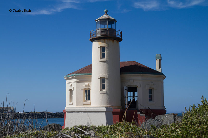 Photo of the Coquille (Bandon) River Lighthouse.