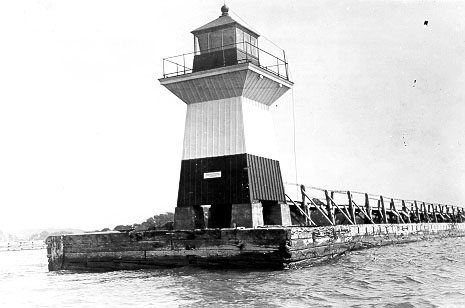 1871 Oak Orchard Lighthouse photo courtesy US Coast Guard