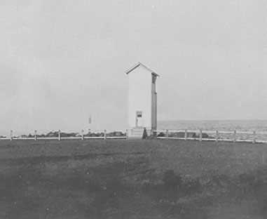 1903 Browns Point Light