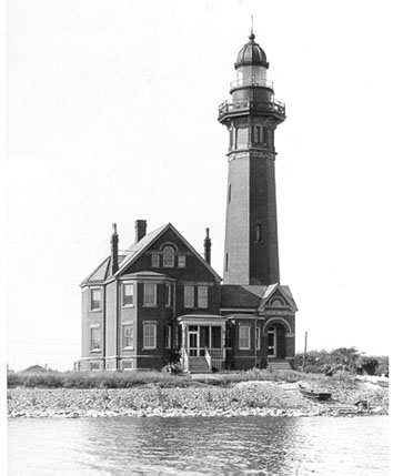 Braddock Point Lighthouse