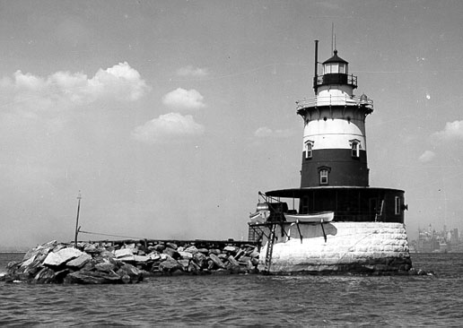 U.S. Coast Guard Archive Photo of Robbins Reef Lighthouse
