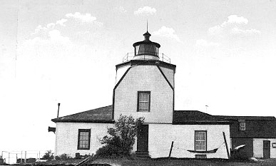 1827 Warwick Lighthouse