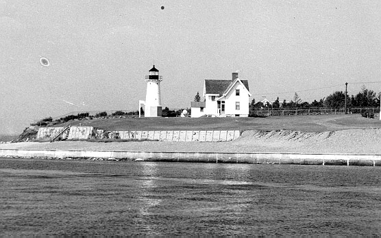 1932 Warwick Lighthouse