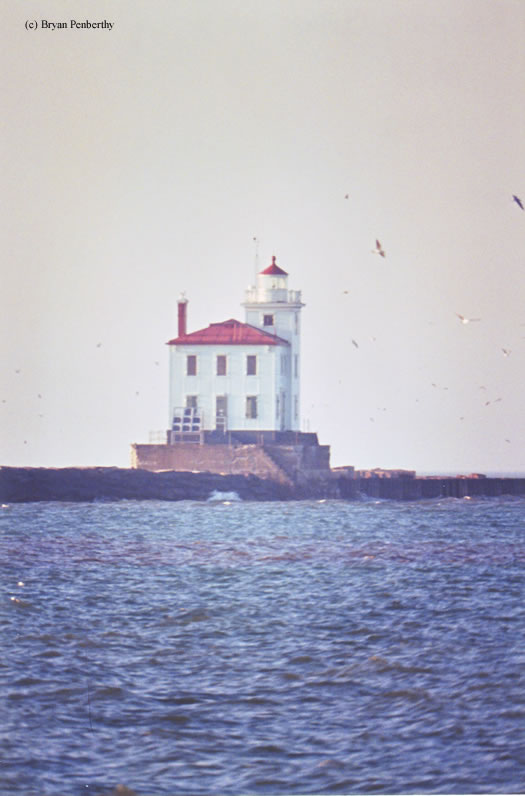 Photo of the Fairport Harbor West Breakwater Lighthouse.