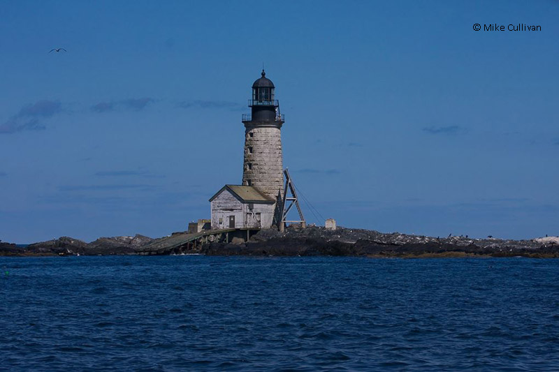 Photo of the Halfway Rock Lighthouse.