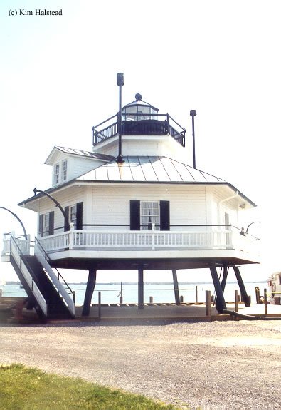 Photo of the Hooper Straight Lighthouse.