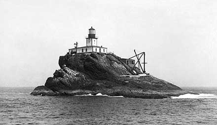 Library of Congress picture of Tillamook Rock Lighthouse