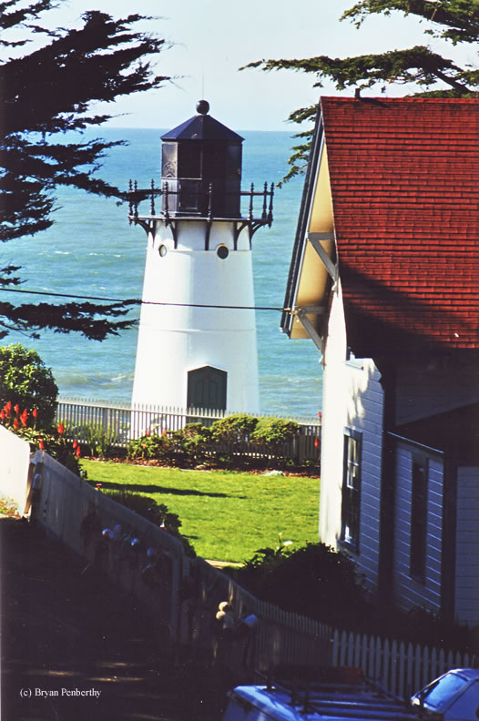 Photo of the Point Montara Lighthouse.