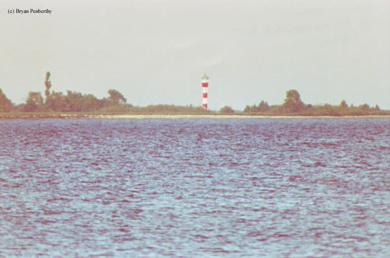 Photo of the New False Duck Island Lighthouse.
