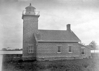 Ogdensburg Lighthouse circa 1885 - National Archives photo