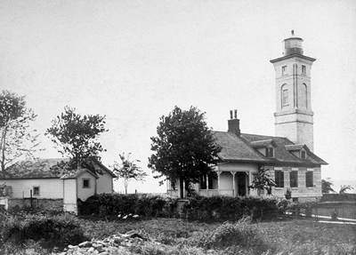 Ogdensburg Lighthouse circa 1903 - National Archives photo