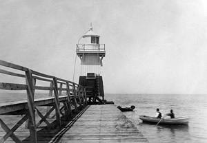 Olcott Lighthouse photo from the National Archives