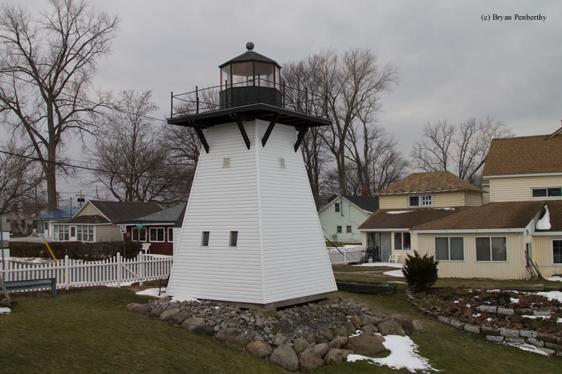 Photo of the Olcott Harbor (Replica) Lighthouse.