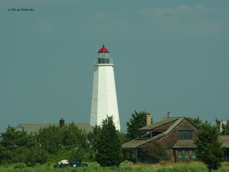 Photo of the Old Saybrook (Lynde Point) Lighthouse.