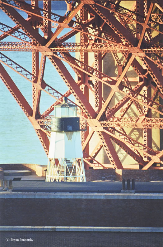 Picture of Fort Point Lighthouse