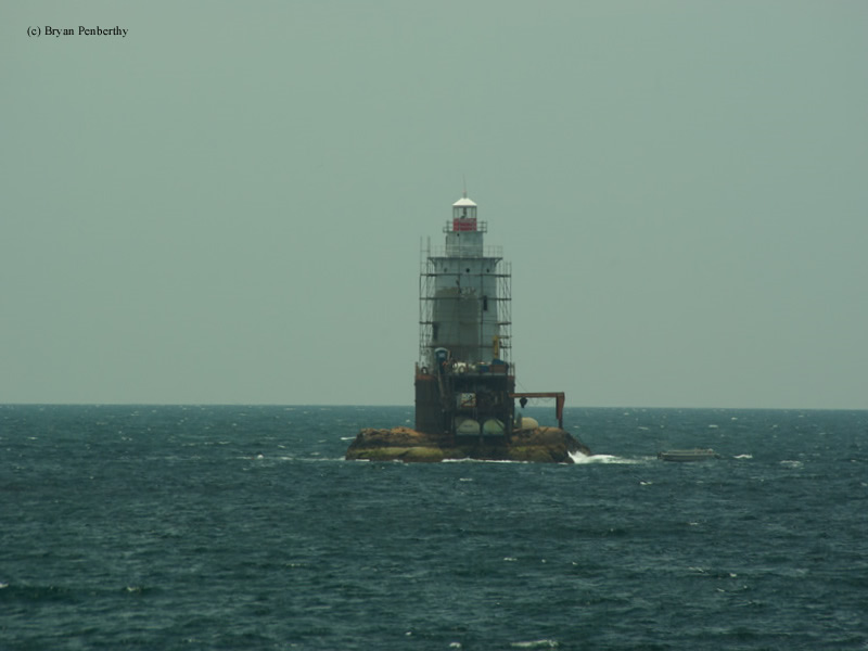 Photo of the Sakonnet Point Lighthouse.