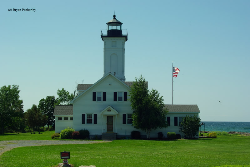 Photo of the Stony Point Lighthouse.