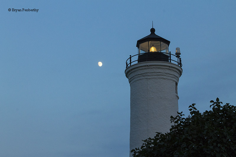 Photo of the Tibbetts Point Lighthouse.
