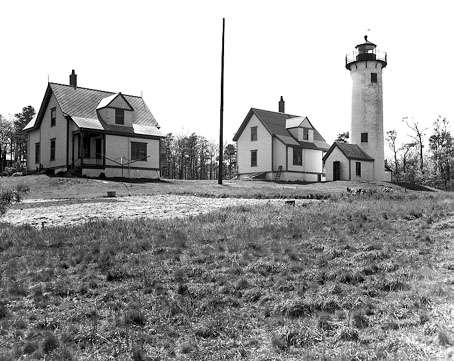 Photo of the West Chop Lighthouse.
